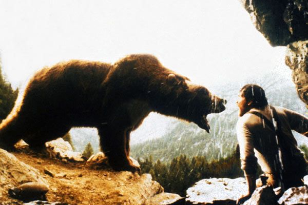 le fil rouge d'Arianne - Pagina 2 Photo-L-Ours-1988-2