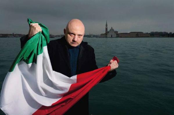 """Tiziano Scarpa. Sullo sfondo, la """"sua"""" Venezia."""